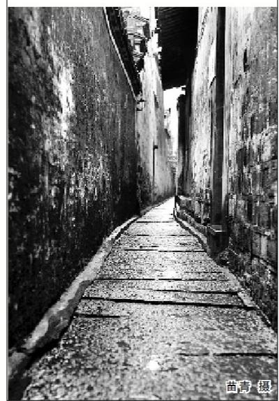 小巷晚上手绘图片