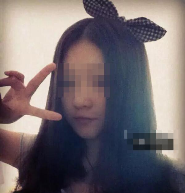 醉酒检方被女生抬至同学反转案死亡:长沙酒店女生方圆图片