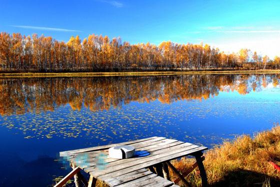 金秋时节来承德坝上 我们去大草原的湖边