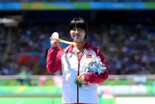 19岁姑娘文晓燕:山窝里飞出来的双料残奥会冠军