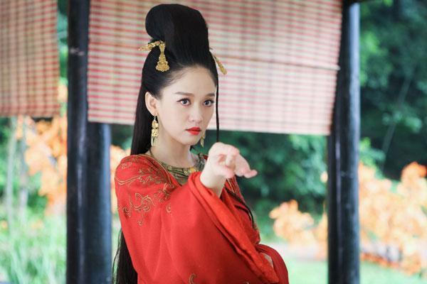 陈乔恩古装红衣新娘造型