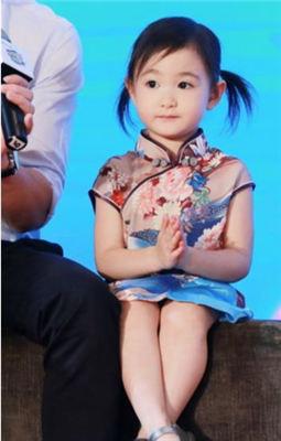 最美旗袍星二代,奥莉最可爱,甜馨最讨人喜欢!
