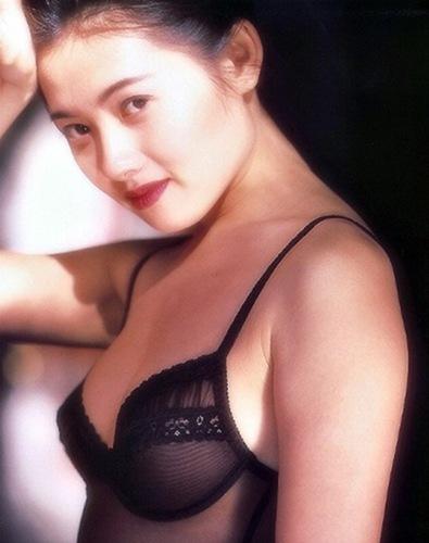 李丽珍,蜜桃成熟时,香港,三级片,优优之家,uuZhiJia.CN