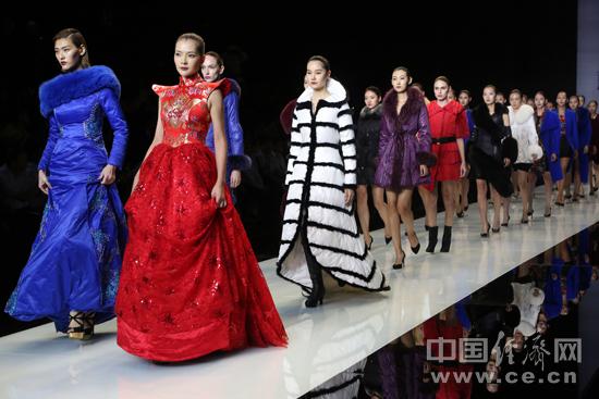 2016年北京时装周上演的时装秀