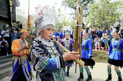 贵州水族欢度端节