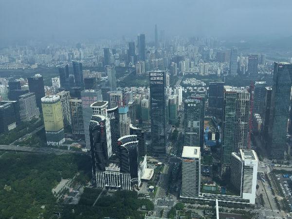 平安金融大厦俯瞰深圳(组图)