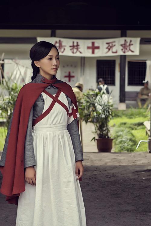 金子美惠写真露b_《骡子和金子》收视热 丁子玲乖女逆袭时代先锋