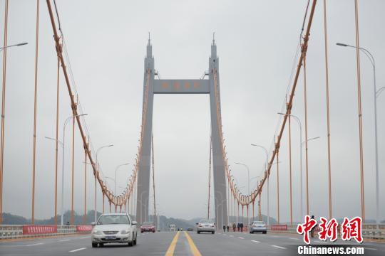 枫溪大桥建成通车。 杨华峰摄