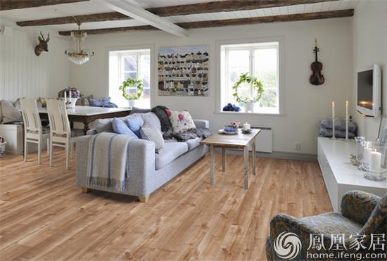 怡情山水|圣象月牙泉强化木地板产品测评
