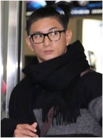吴亦凡,鹿晗,扎起小辫的男星哪个最好看?