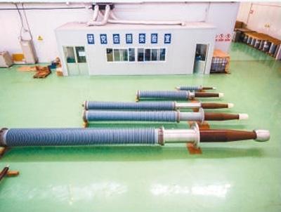 山东彼岸电力科技公司经过应用测试的胶浸纸电容型干式套管.