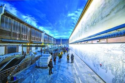 它是地下三层岛式站台车站,也是武汉设计最别致的地铁站.