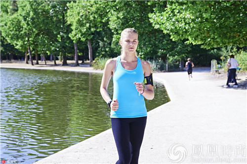 迈开腿 每天快走30分钟就能减肥