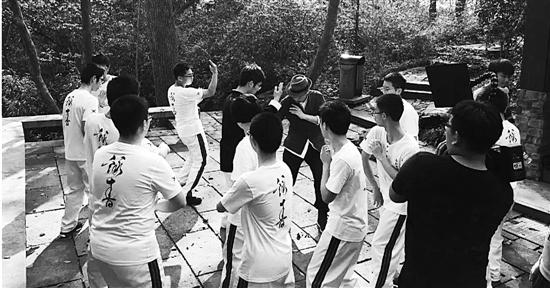 浙大附中设咏春课 咏春拳也是一种为人处世的哲学 - 点击图片进入下一页