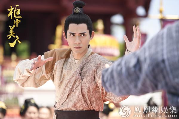 《柜中美人》发剧照 周渝民韩栋兄弟反目尽显张力