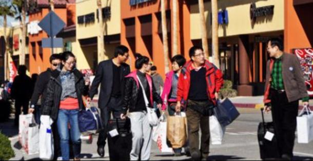 港媒:中国游客成全球旅游业金主