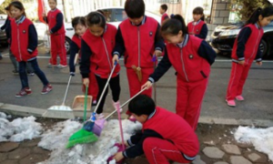 和平区39所中小学深入社区扮靓沈城