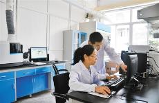 """自主创新 国产科学仪器在实验室里加速""""成长"""""""