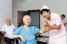 陕西:医疗机构要为60岁以上老年人开设绿色通道