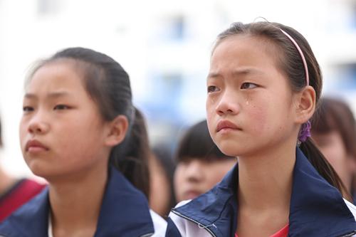 """""""感恩励志·崛起中国""""公益演讲在项城正泰博文"""