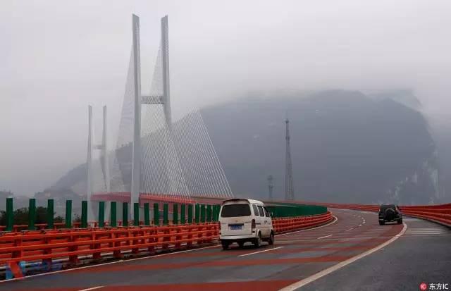 中国花10亿造的这座大桥,让英美网友炸开了锅!