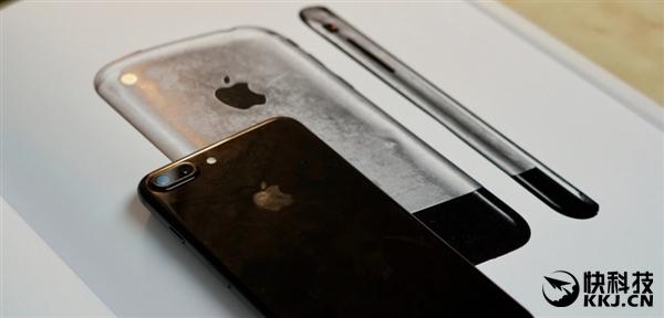 致敬初代iPhone!iPhone 8外形设计确定:史上最大屏幕