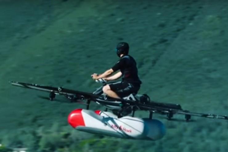 飞行车真的要来了,谷歌创始人投资的Kitty Hawk年底发售!