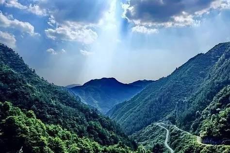 """""""中国旅游日""""临近 浙江一5A级景区"""