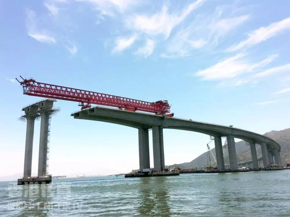 港珠澳跨海大桥质量报告造假 廉政公署拘21人