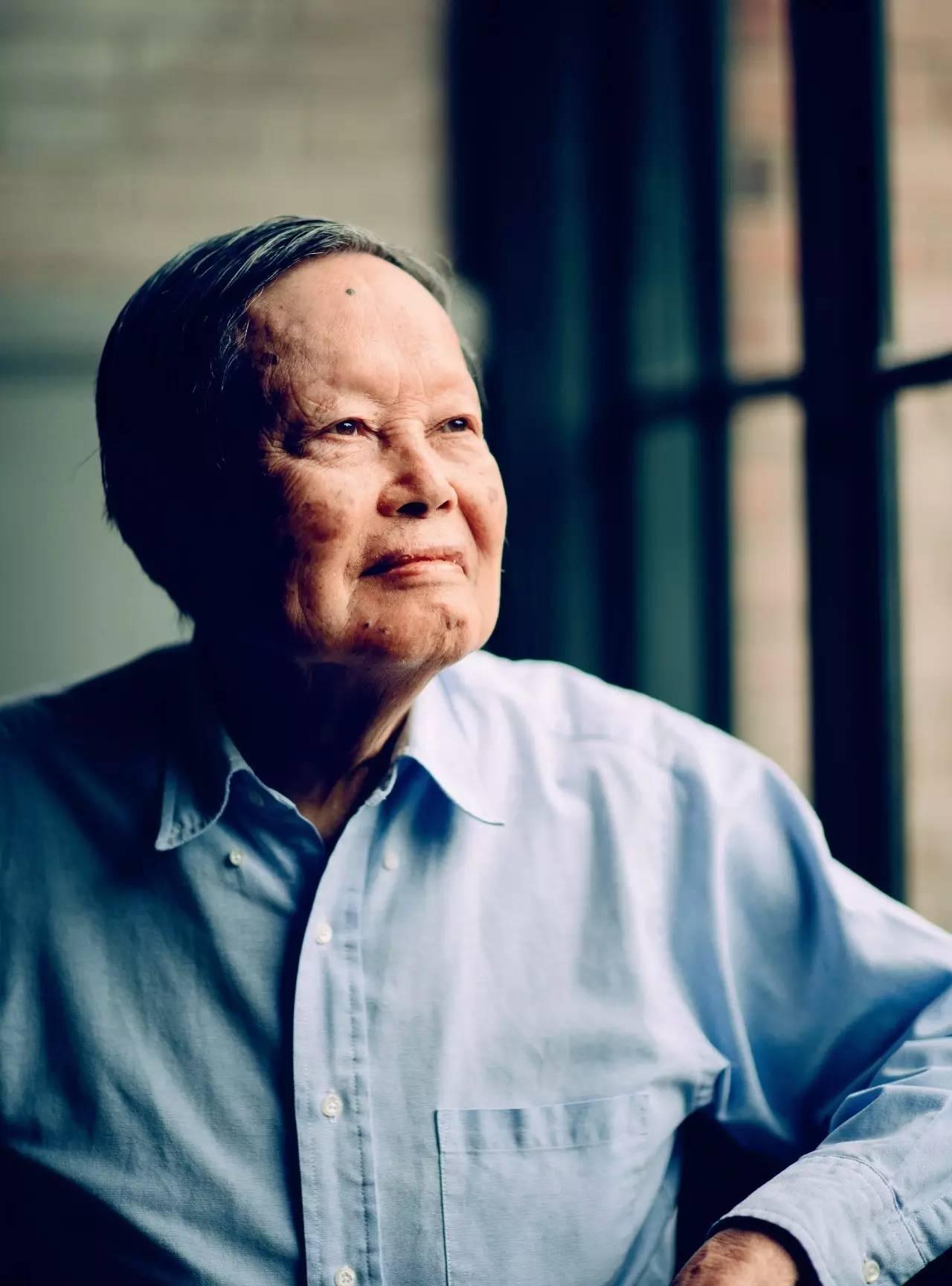 杨振宁已6年没去过美国 不敢离协和医院太长时间-凤凰新闻