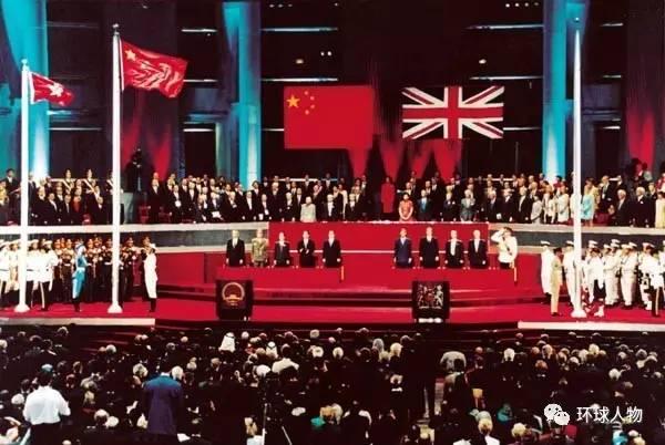 这些外交官亲历了香港回归:那是一种烙入生命的骄傲