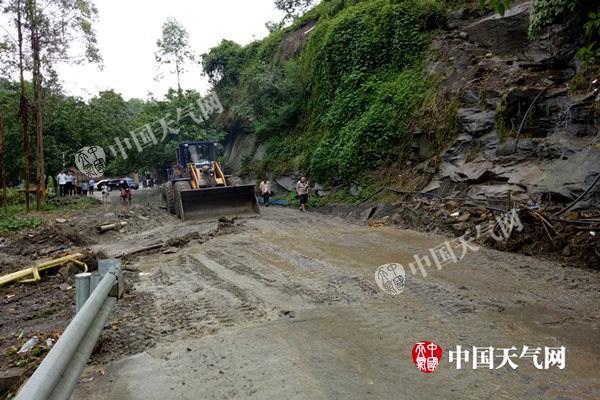 四川普格泥石流致6人死亡未来三天川西高原雨水频繁