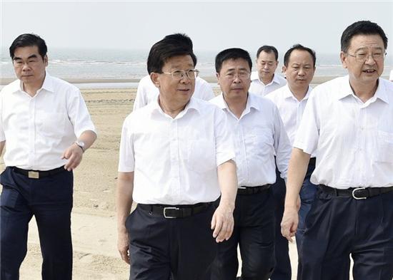 赵克志:认真贯彻落实新发展理念加快产业结构战略性转变