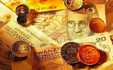 货币基金规模突破5万亿元监管趋严杜绝资金空转1