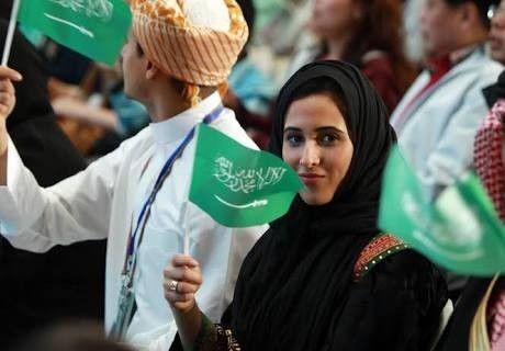 """这事儿有意思!沙特终于要有""""女司机""""了"""