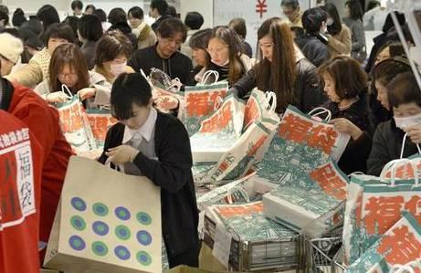 现在轮到外国人抢中国马桶盖了 - NY6536群博客 - 南洋65初三(6)的群博客