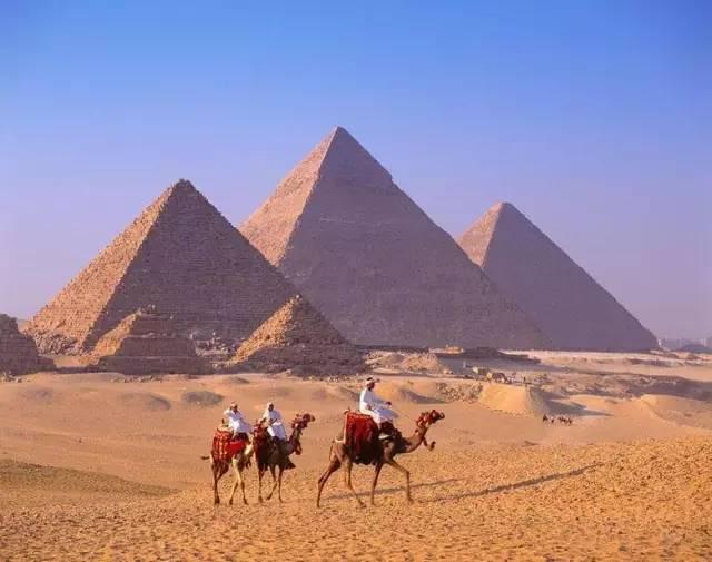 去埃及看金字塔,感受世界七大奇迹的神奇魅力.