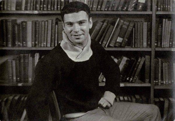 年轻时的萨克斯博士-那年我22岁,英俊苗条还是个处男图片