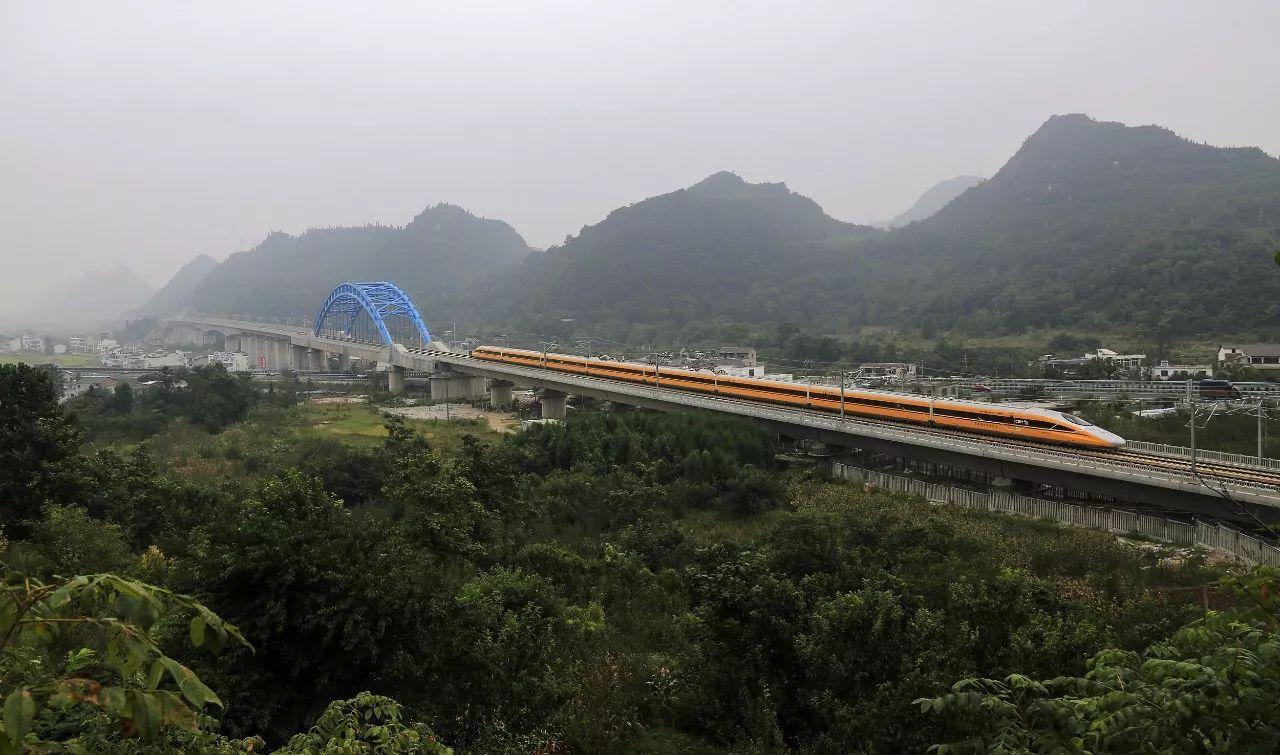 央视:中国高铁岂容硕鼠作祟?