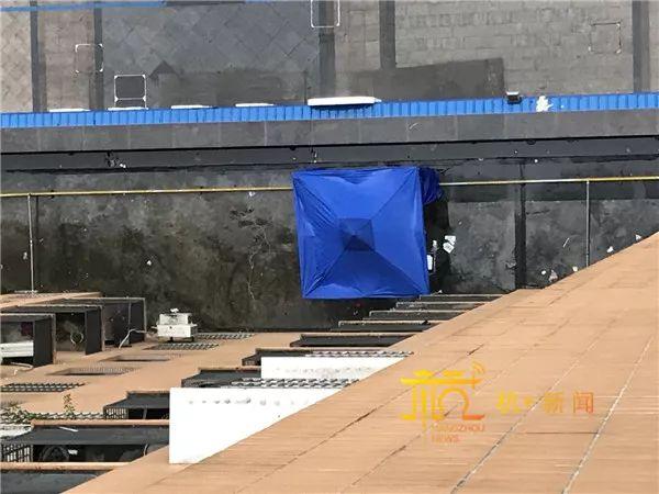 杭州90后女孩16楼坠亡 室友称早上还听到她闹钟响