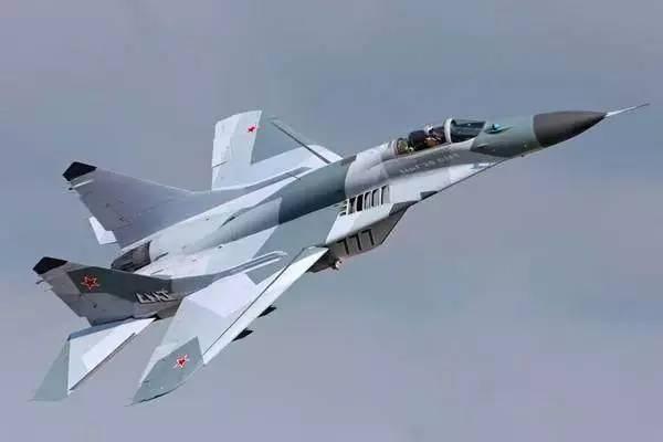 战斗机--这个国家不买中国战机而选择俄罗斯,真相曝光令人深思