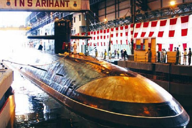 印度第二艘国产核潜艇下水 可搭载4枚导弹