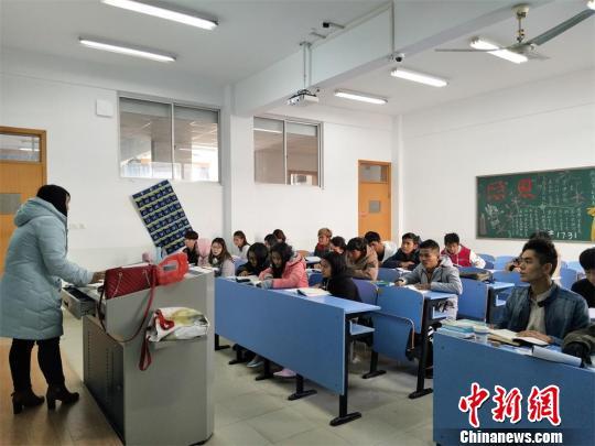 """""""一带一路""""倡议催热赴中国留学浪潮"""