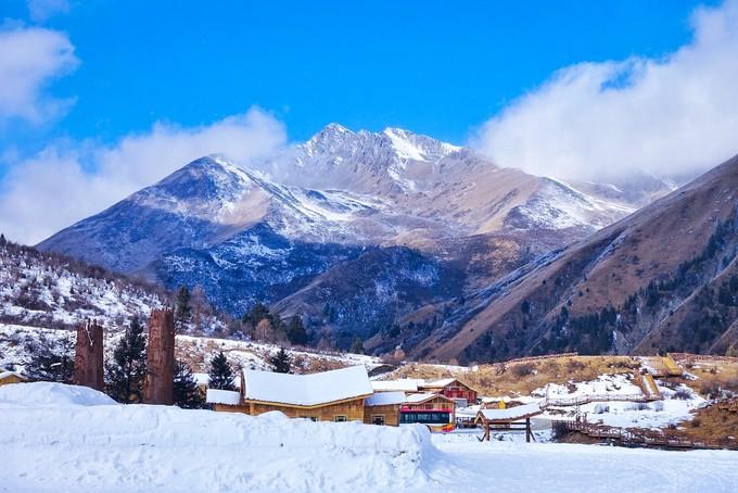 鹧鸪山|冰山下的童话世界,四川人的雪