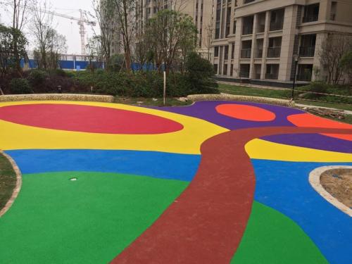 给孩子最好的童年 幼儿园地面室外场地设计信赖三鑫鸿业