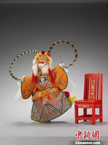 木偶美猴王钟欣摄