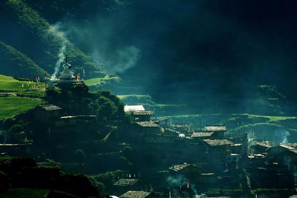 扎尕那:甘肃的最美藏地 神秘纯洁如出尘绝世