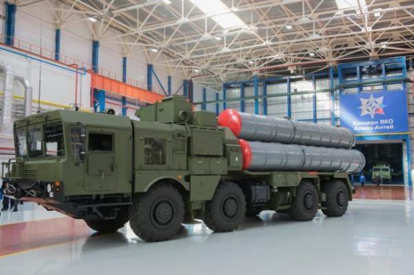 首个S-400导弹团装备运抵中国 3船只货到了2船