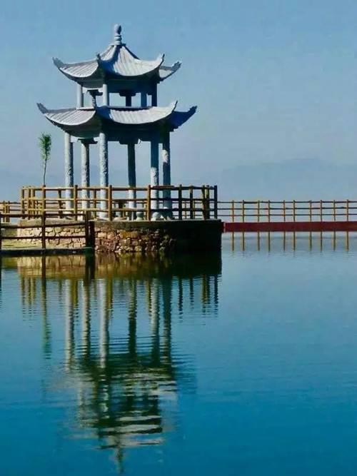阿婆寨 昭平湖景区 昭平湖是国家水利风景区,省级风景名胜区,中华刘姓