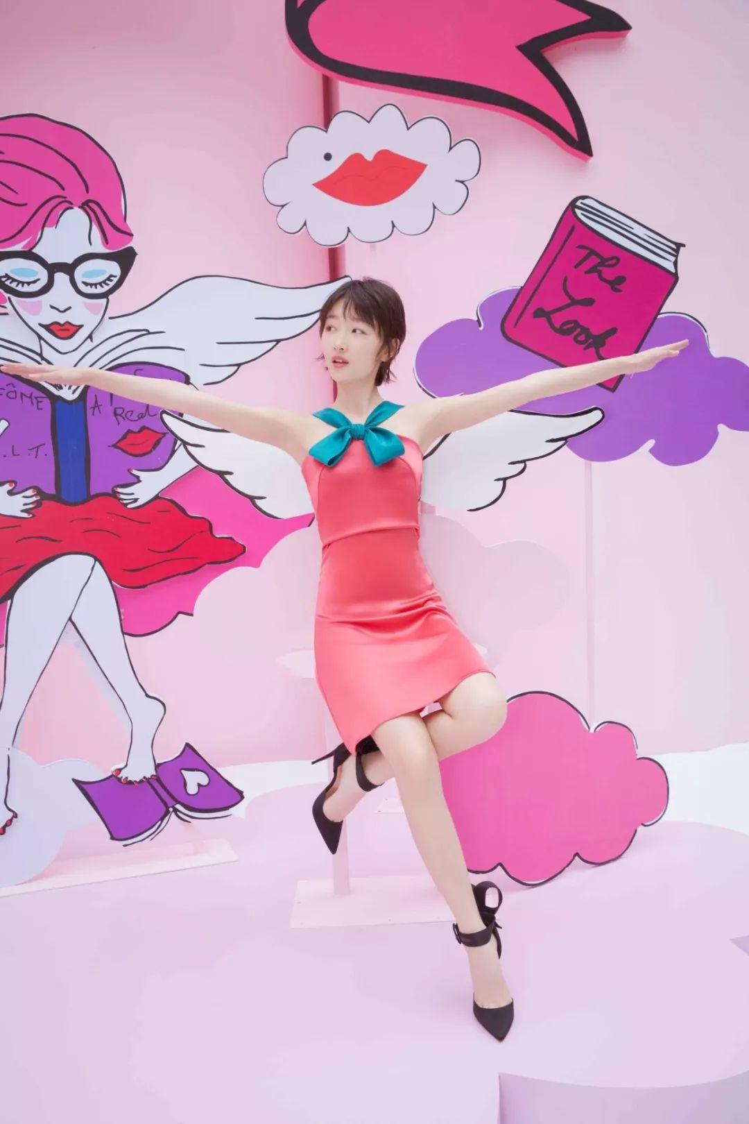 少女幂、娜扎、周冬雨都爱的蝴蝶结连衣裙你还没有吗?